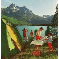 Les joies du camping : monter la tente